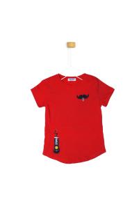 Czerwona koszulka z wąsem