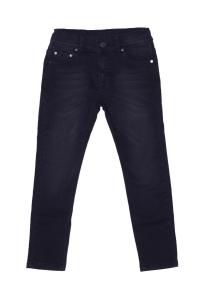 Czarne klasyczne jeansy