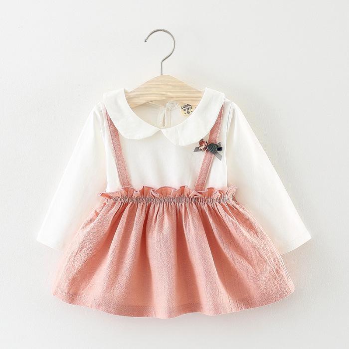 Sukienka na szelkach